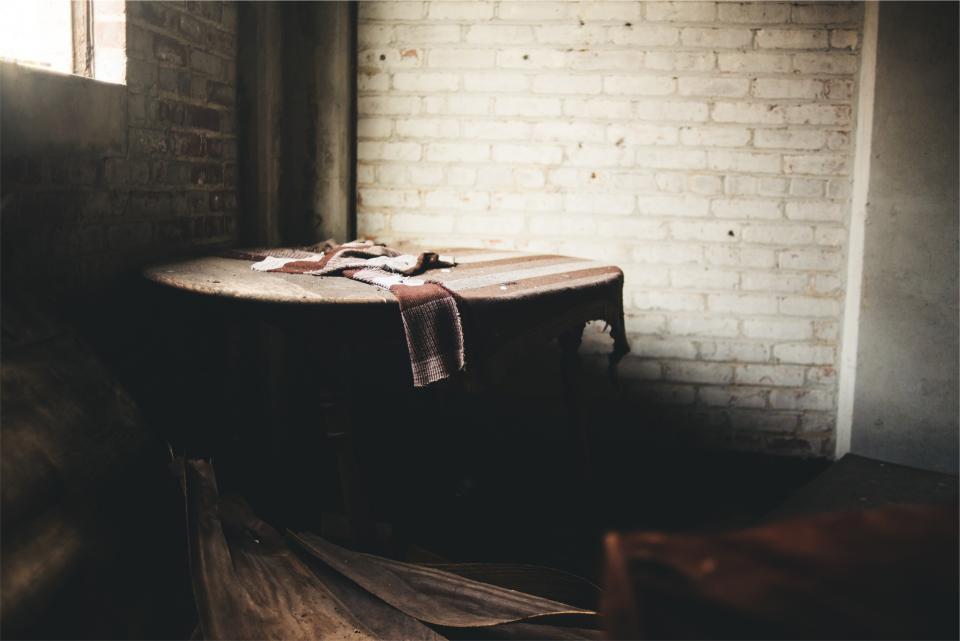wood table room cloth circular bricks