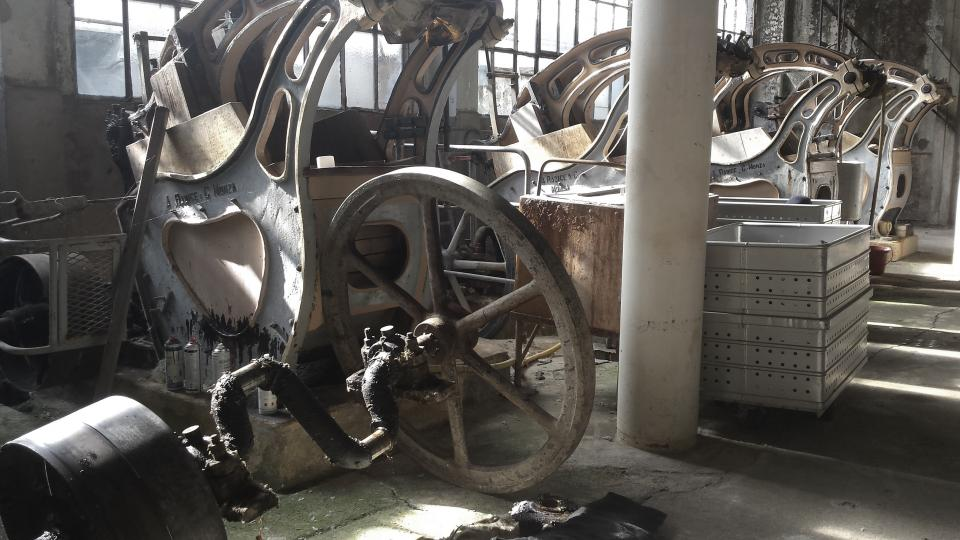 workshop manufacturing machinery industrial equipment