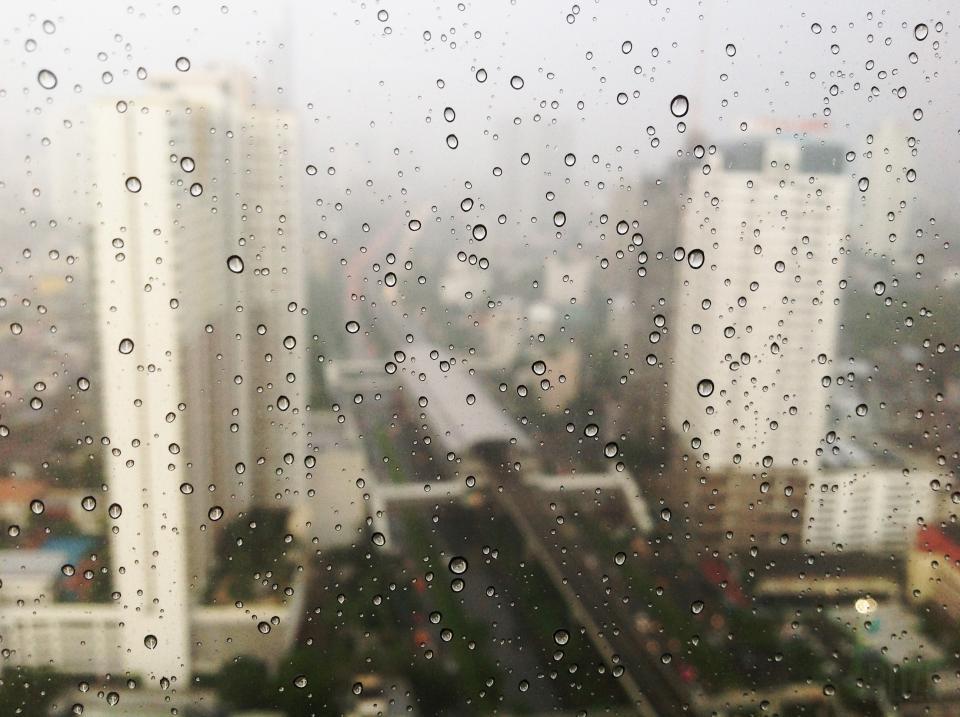 window raining raindrops