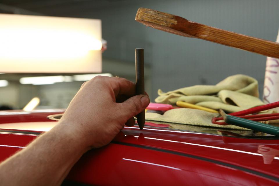 workshop tools repair paint hands garage car