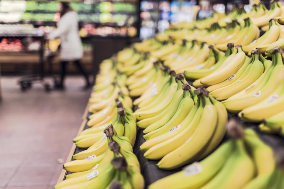 supermarket grocerystore fruits food bananas