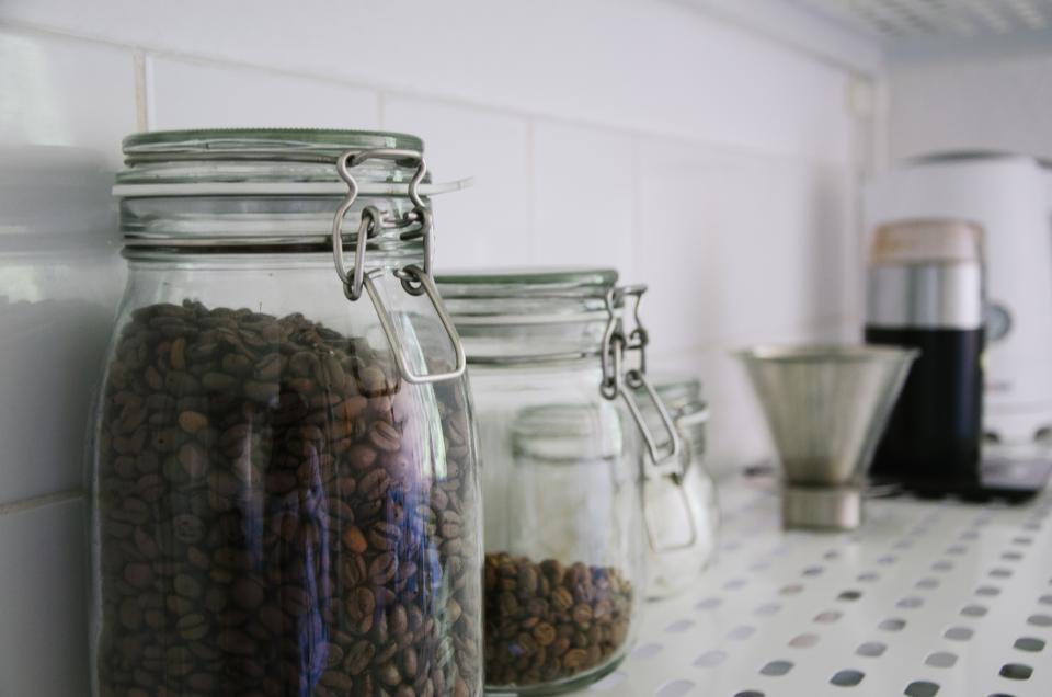 kitchen jar glass counter coffeebeans