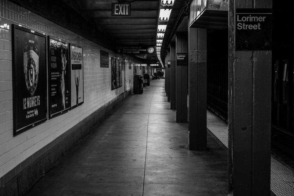 urban underground transportation subway platform NYC NewYorkcity blackandwhite