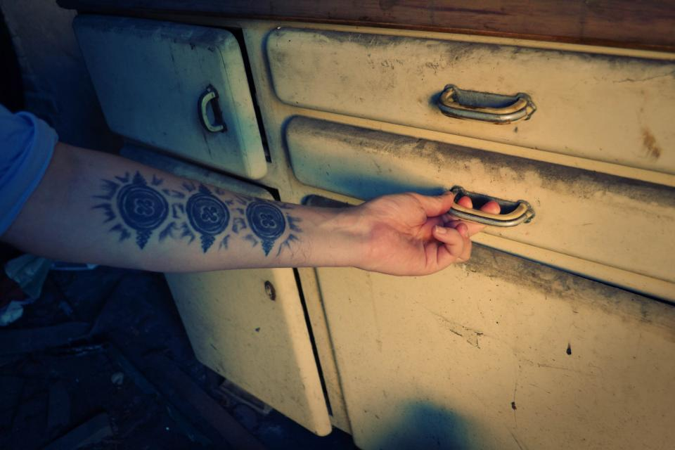 tattoo kitchen forearm drawers cupboards
