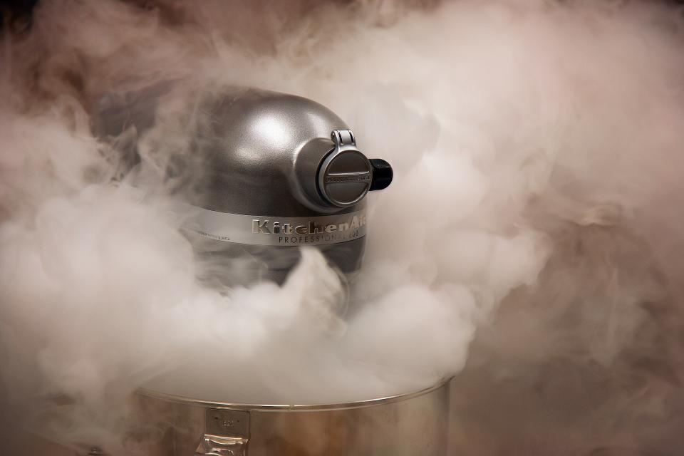 standmixer smoke kitchen equipment baking