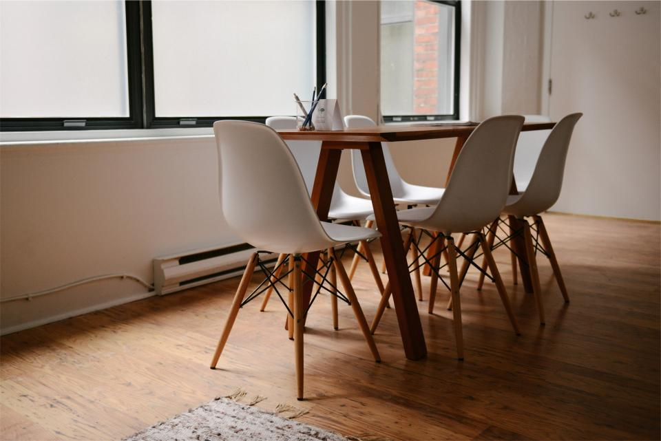 tables pencils office hardwood chairs business breather